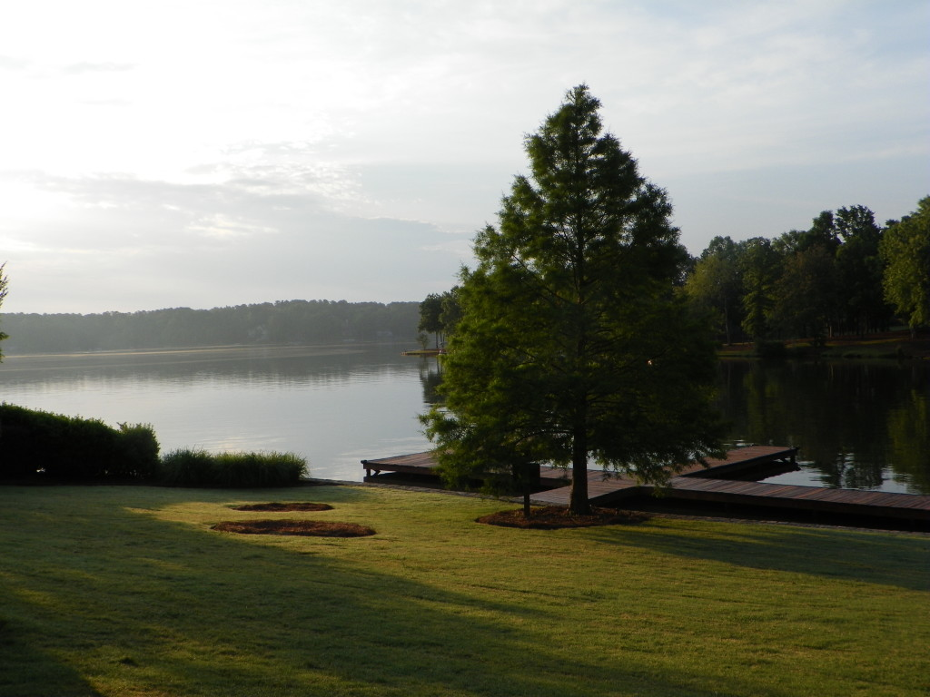 Who wouldn't want to wake up to such a gorgeous view of Lake Oconee?