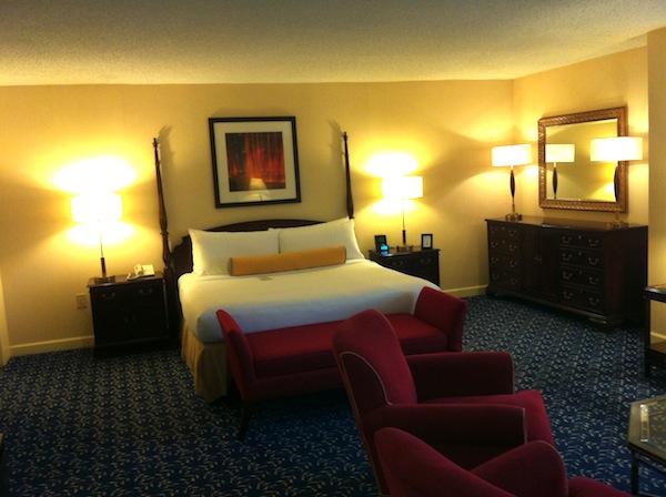 Sonesta Gwinnett Place guest room