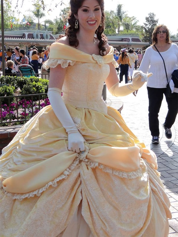 How to catch a princess at disneyland this girl travels belle at the entrance of disneyland park m4hsunfo