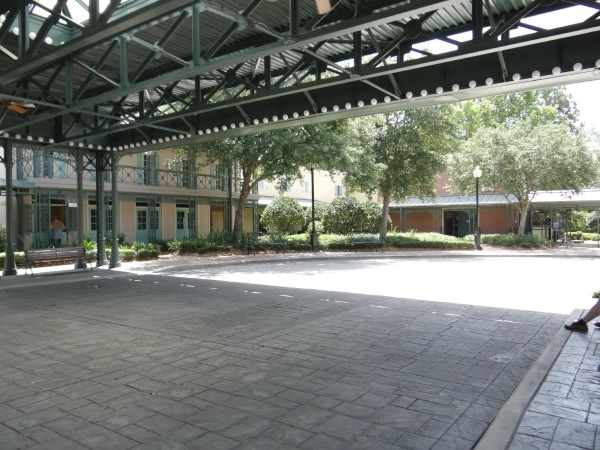 Disney Port Orleans Resort - French Quarter - Exterior - Check in