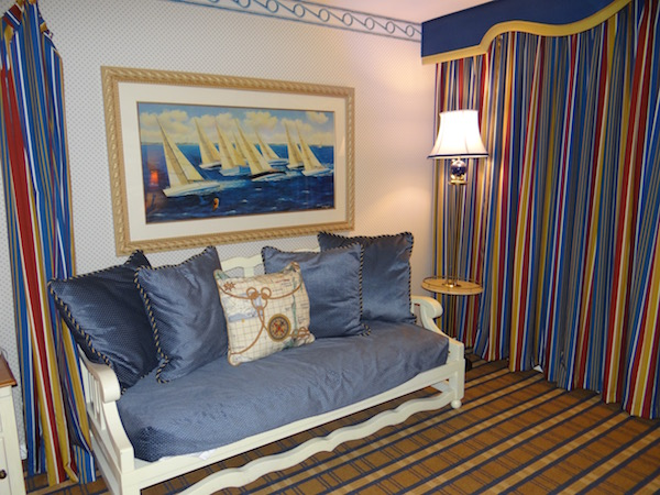Disney Yacht Club Resort - Room - Couch